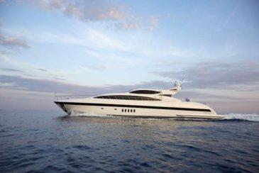 Florida Keys & Bahamas Luxury Yachts   Cruzan Yacht Charters
