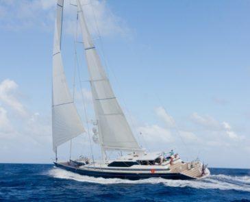 Florida Keys & Bahamas Luxury Yachts | Cruzan Yacht Charters
