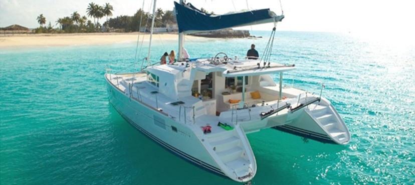 bareboat sail